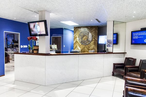 sandton-eye-clinic-facilities-waiting-room-2